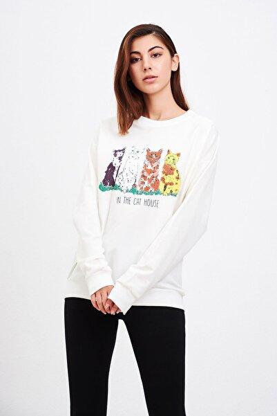 Mossta Kadın Beyaz Kedi Baskılı Sweatshirt