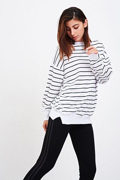 Mossta Kadın Beyaz Çizgili Sweatshirt