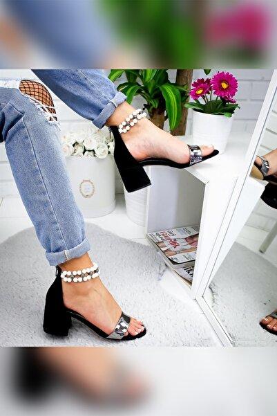 Limoya Jemma Siyah Süet Inci Detaylı Tek Bantlı Alçak Topuklu Ayakkabı
