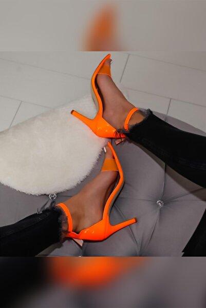 Limoya Sonia Oranj Neon Rugan Şefaf Bantlı Sivri Burunlu Ince Topuklu Ayakkabı