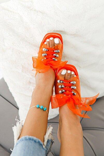 Limoya Kadın Oranj Rugan Bağcıklı Şeffaf Köşeli Burunlu Sandalet
