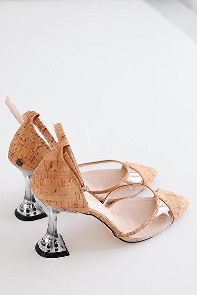 Limoya Kadın Kahverengi Ahşap Bilekten Tek Bantlı Şeffaf Topuklu Stiletto