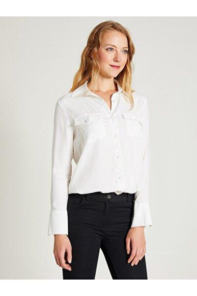 Vekem Kadın Beyaz Jakarlı Çift Cepli Gömlek 9206-0008