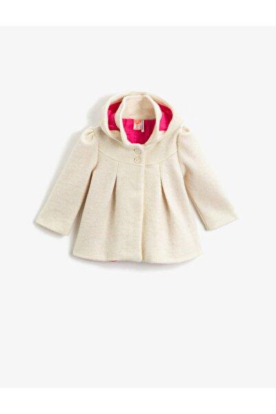 Koton Kız Çocuk Ekru Yün İçerikli Kapüşonlu Düğmeli Gabardin Kumaş Kaban
