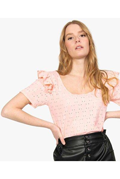 fabrexo Kolu Fırfırlı Jakarlı Kumaştan Kısa Kol Kadın T-shirt