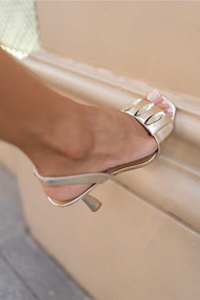 Sofia Baldi Nomı Gold Deri Kadın Topuklu Sandalet
