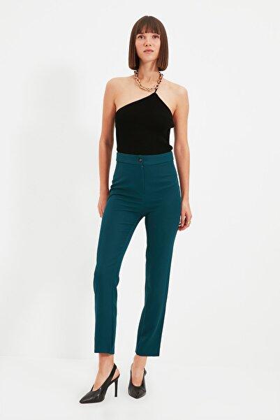 TRENDYOLMİLLA Zümrüt Yeşili Düz Pantolon TWOAW22PL0137