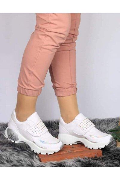 Bahar Kadın Beyaz Topuklu Spor Ayakkabı