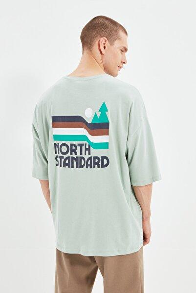 TRENDYOL MAN Mint Erkek Oversize Fit Bisiklet Yaka Kısa Kollu Baskılı T-Shirt TMNSS21TS1627