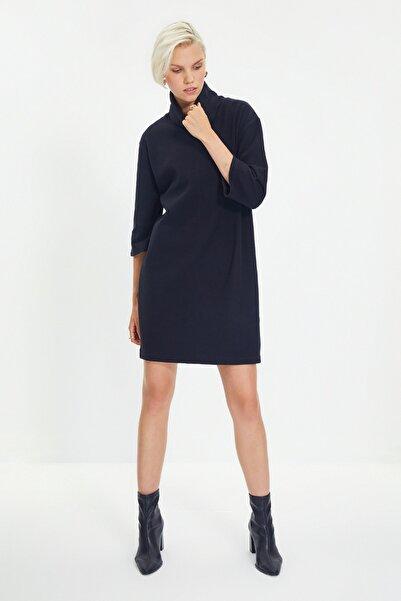 TRENDYOLMİLLA Siyah Selanik Örme Elbise TWOAW20EL1110