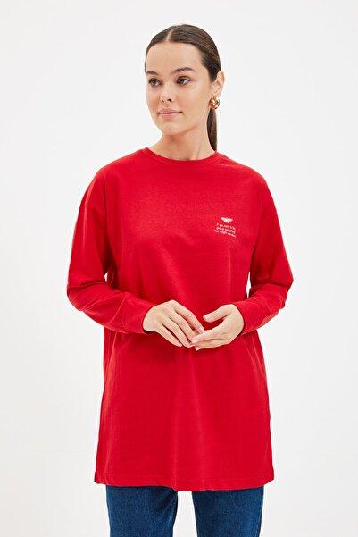 Trendyol Modest Kırmızı Baskılı Örme Tunik TCTAW22UK0048