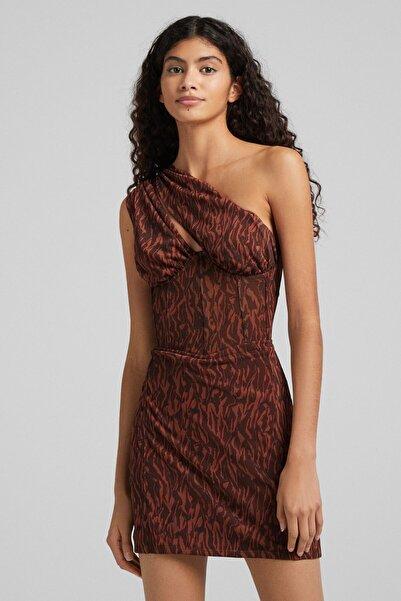 Bershka Kadın Kahverengi Desenli Asimetrik Tül Elbise