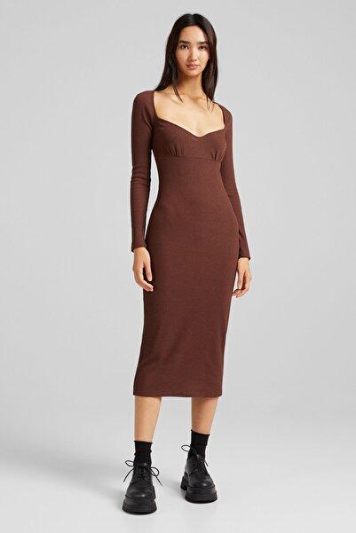 Bershka Kadın Kahverengi Uzun Kollu, Kalp Yaka Ve Fitilli Midi Elbise