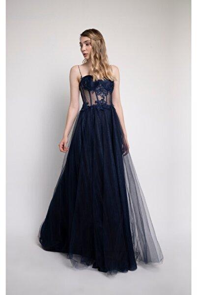 Lenta Moda Lacivert Işlemeli Dantel Detaylı Transparan Abiye Elbise