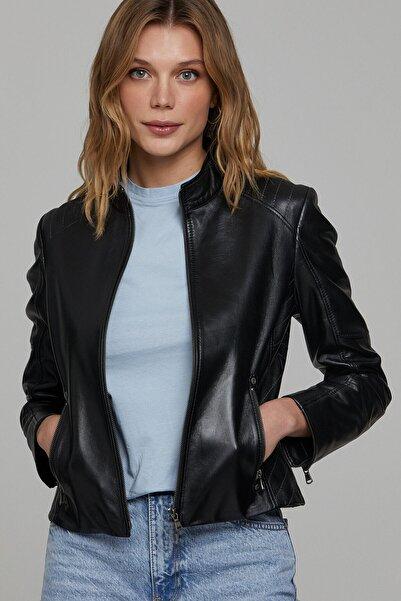 Derimod Kadın Siyah Deri Ceket