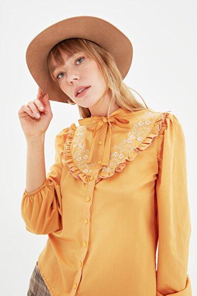 TRENDYOLMİLLA Camel Dantelli Gömlek TWOAW22GO0285