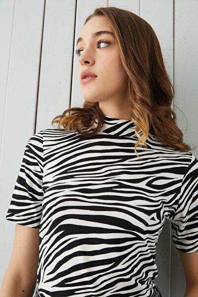 Bipantolon Kadın Ekru Zebra Desenli Kısa Kol Body