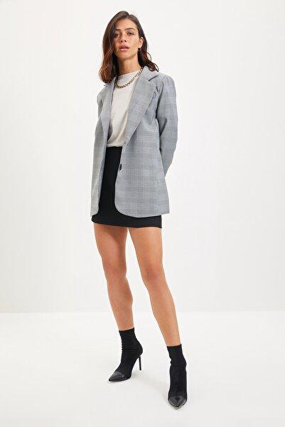 TRENDYOLMİLLA Gri Düğmeli Blazer Ceket TWOAW22CE0152