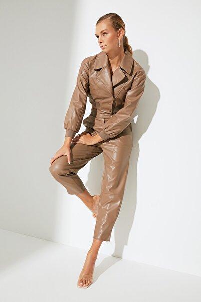 TRENDYOLMİLLA Camel Suni Deri Pantolon TWOAW22PL0218