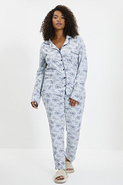 TRENDYOLMİLLA Mavi Çiçekli Örme Gömlek Pantolon Pijama Takımı THMAW20PJ0016