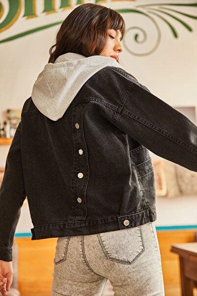 Olalook Kadın Siyah Kapşonu Çıkarılabilir Sırtı Düğme Detaylı Denim Ceket CKT-19000252