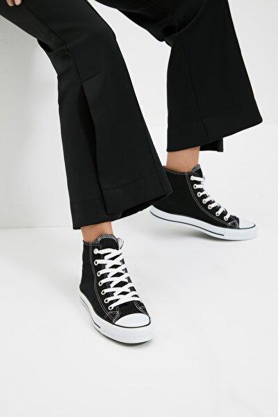 TRENDYOL SHOES Siyah Bilekli Kadın Sneaker TAKAW22SN0003