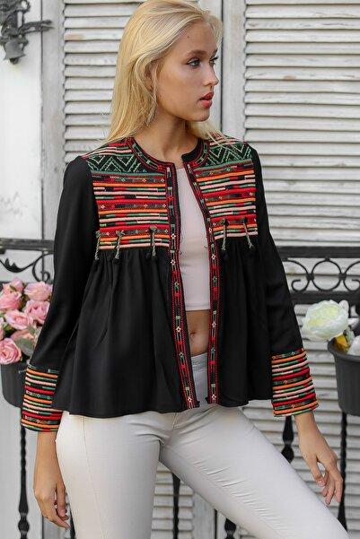 Chiccy Kadın Siyah Robası Kol Ucu Tribal Nakışlı Ponpon Detaylı Dokuma Ceket M10210100CE98962
