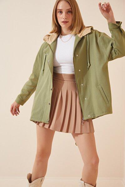 Happiness İst. Kadın Çağla Yeşili Mevsimlik Gabardin Oversize Ceket DP00122