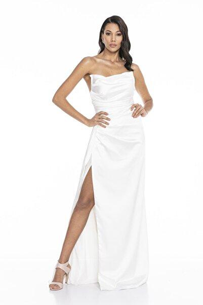 Abiye Sarayı Kadın Beyaz Straplez Yırtmaçlı Saten Abiye Elbise