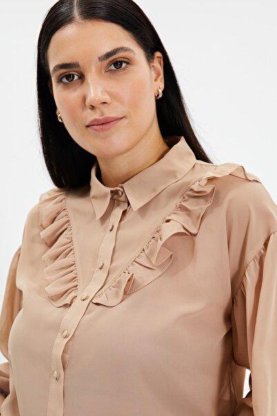 TRENDYOLMİLLA Taş Fırfırlı Şifon Transparan Gömlek TWOSS20GO0331
