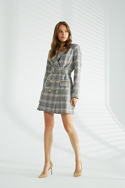 Robin Kemer Detaylı Kruvaze Ceket Elbise Gri