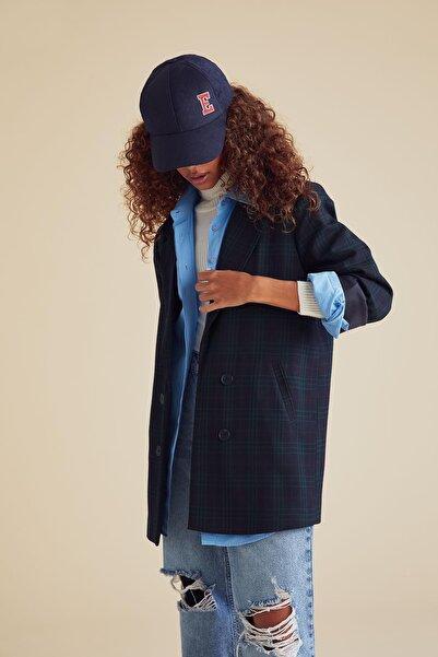 DeFacto Ekose Desenli Oversize Fit Uzun Kollu Blazer Ceket