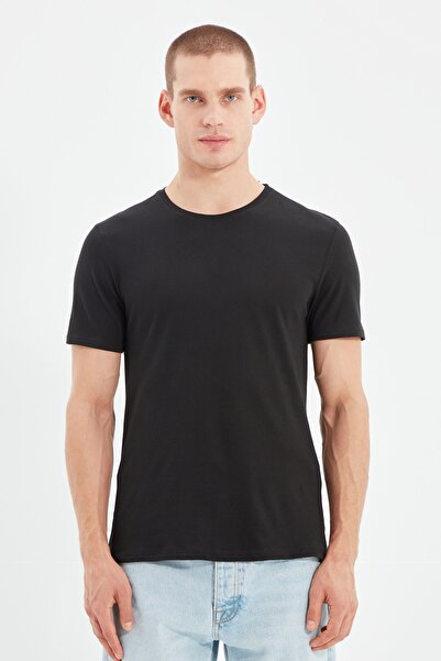 TRENDYOL MAN Siyah Basıc Erkek Slim Fit Pamuklu Kısa Kollu Bisiklet Yaka T-Shirt TMNSS19BO0001