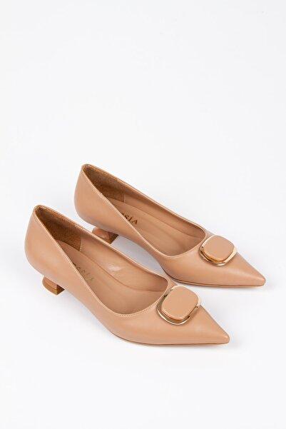 Alessia Shoes Özel Aksesuar Detaylı Alçak Stiletto