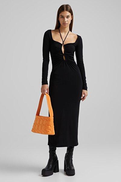 Bershka Yakası Büzgülü Ve Desenli Uzun Kollu Midi Elbise