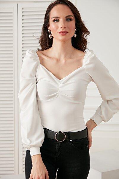 HAKKE Önü Büzgülü Kol Detaylı Likralı Bluz