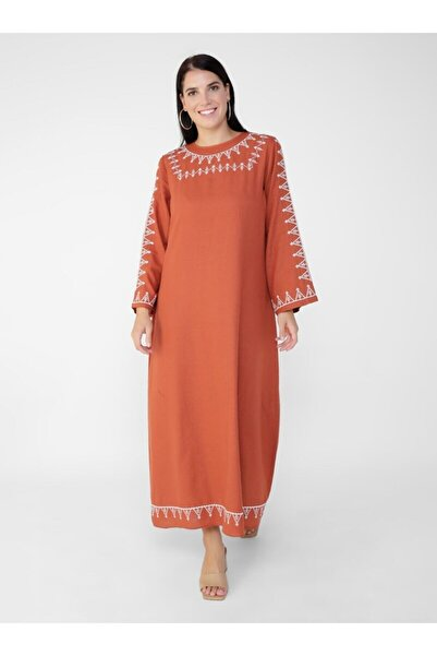 ALİA Doğal Kumaşlı Büyük Beden Nakış Detaylı Elbise - Kiremit -