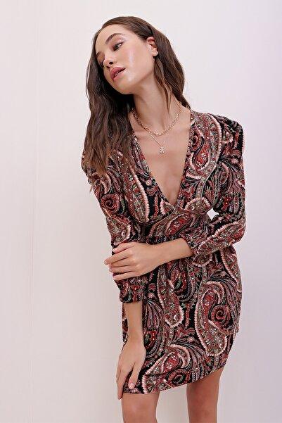 Trend Alaçatı Stili Kadın Somon Karpuz Kollu Etnik Desenli Yumuşak Dokulu Elbise ALC-X7147
