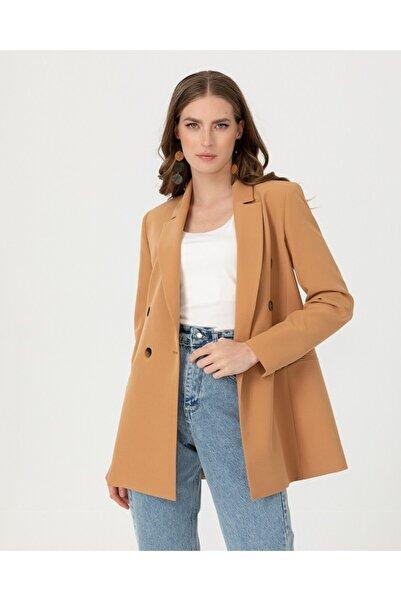 SEÇİL Yeni- Düğme Detaylı Blazer Ceket