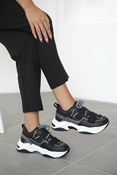 NOVİNS Kadın Siyah Beyaz Yüsek Taban Spor Ayakkabı