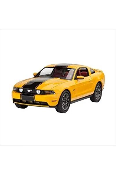 REVELL 1:25 Ford Mustang Model Seti 67046