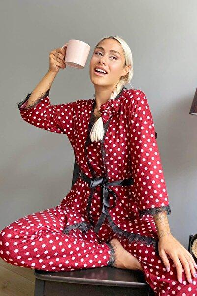 Pijamaevi Kırmızı Puan Baskılı Sabahlıklı Kadife Pijama Takımı