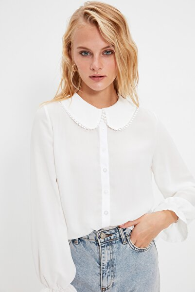 TRENDYOLMİLLA Beyaz Yaka Detaylı Yarı Transparan Gömlek TWOAW21GO0717