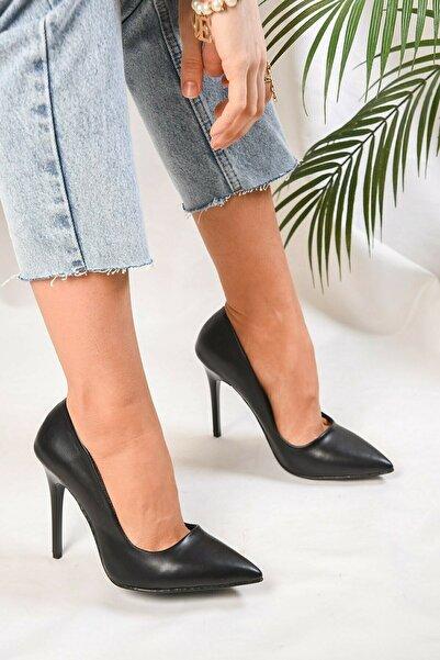 GULT Kadın Stiletto Ince Yüksek Topuklu Ayakkabı Siyah Cilt