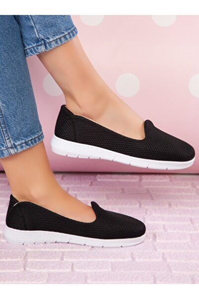 ayakkabıhavuzu Kadın Siyah Spor Ayakkabı  1666888