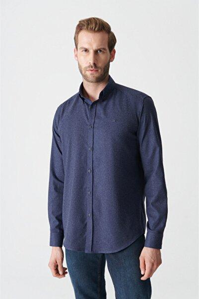 Avva Erkek Lacivert Düz Düğmeli Yaka Comfort Fit Gömlek E002003