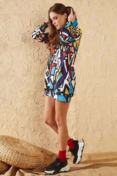 Sun Victoria Kadın Gökkuşağı Oversize Baskılı Sweatshirt