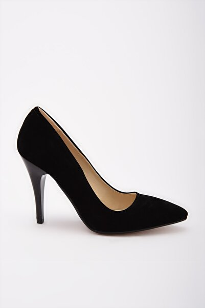 Yaya  by Hotiç Siyah Kadın Klasik Topuklu Ayakkabı 01AYY188010A100