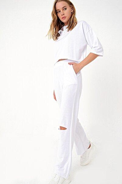 Trend Alaçatı Stili Kadın Beyaz Polo Yaka Alt Üst Takım ALC-505-MDS-RV-1