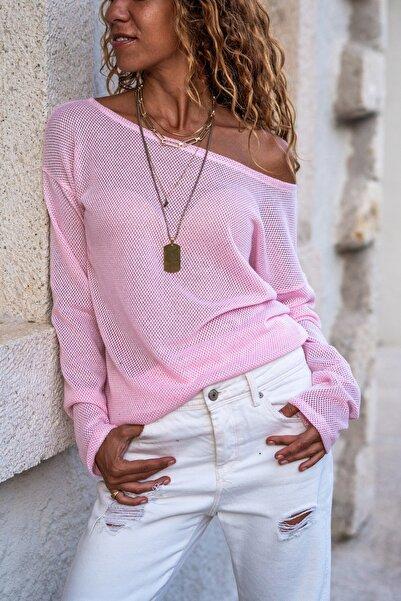 Güneşkızı Kadın Pembe Kayık Yaka Salaş Ajurlu İnce Örme Bluz GK-BST2977